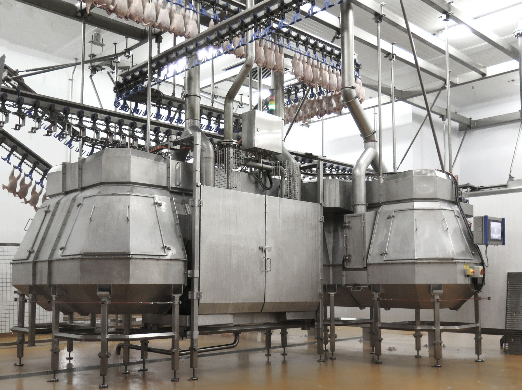IA Poultry SonoSteam treatment equipment at Cargill slaughterhouse